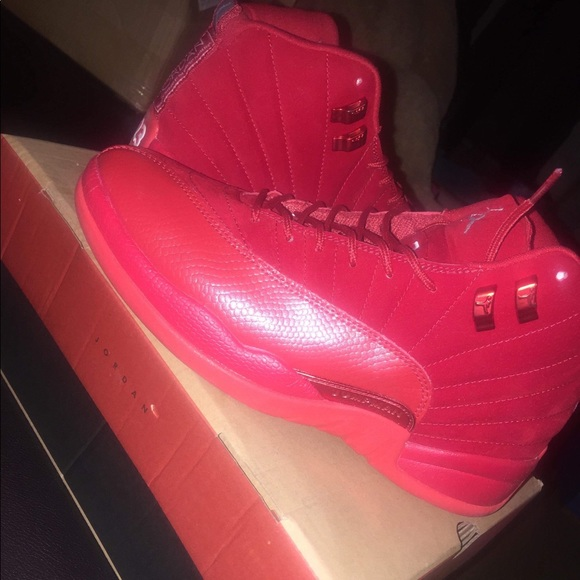 wholesale dealer 46338 cb0a0 Air JORDAN 12 red suede customized!!